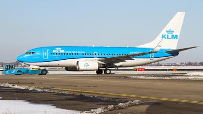A picture of PHBGK - Boeing 7377K2 - KLM - © C. v. Grinsven