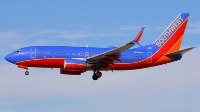 A picture of N279WN - Boeing 7377H4 - Southwest Airlines - © Daniel Klein