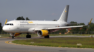EC-MAI - Airbus A320-214 - Vueling Airlines