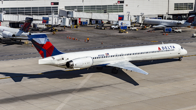 N932DN - McDonnell Douglas MD-90-30 - Delta Air Lines