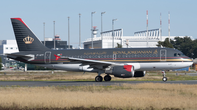 A picture of JYAYY - Airbus A319112 - Royal Jordanian - ©  Tim Foullois