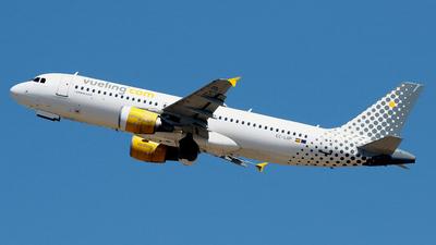 A picture of ECLOP - Airbus A320214 - Vueling - © Javier Rodriguez - Amics de Son Sant Joan
