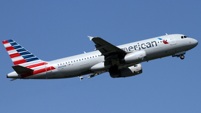 N664AW - Airbus A320-232 - American Airlines