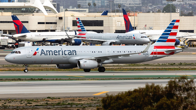 N102NN - Airbus A321-231 - American Airlines