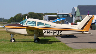 PH-MJS - Beechcraft A23 Musketeer - Private
