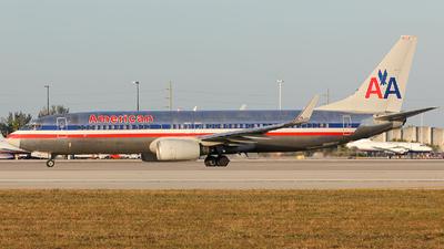 N958AN - Boeing 737-823 - American Airlines