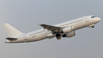 CS-TNH - Airbus A320-214 - Untitled