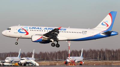 VP-BQW - Airbus A320-214 - Ural Airlines