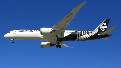 ZK-NZM - Boeing 787-9 Dreamliner - Air New Zealand