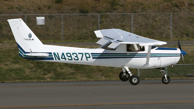 A picture of N4937P - Cessna 152 - [15284849] - © Jeroen Stroes