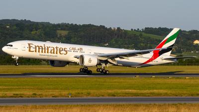 A6-EQN - Boeing 777-31HER - Emirates