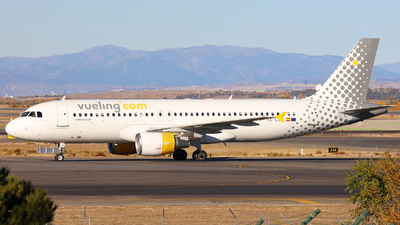 EC-LOP - Airbus A320-214 - Vueling Airlines
