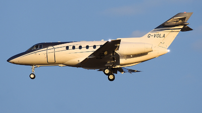 G-VOLA - Raytheon Hawker 800XP - Private