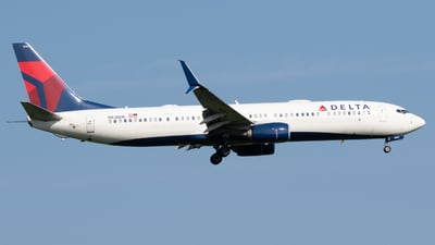 A picture of N838DN - Boeing 737932(ER) - Delta Air Lines - © Andrew Wu