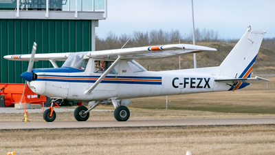 C-FEZX - Cessna 152 - Private