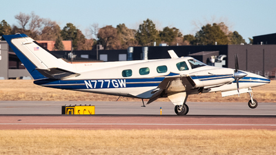 N777GW - Beechcraft 60 Duke - Private