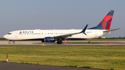 A picture of N855DN - Boeing 737932(ER) - Delta Air Lines - © Luis Bastardo | @lb.planes