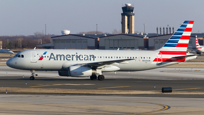 N668AW - Airbus A320-232 - American Airlines