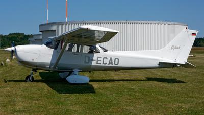 D-ECAO - Cessna 172R Skyhawk II - Private