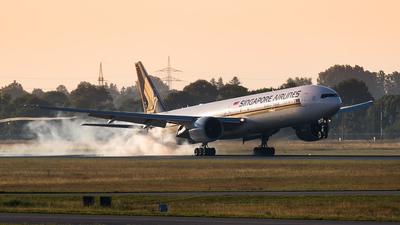 9V-SWO - Boeing 777-312ER - Singapore Airlines