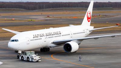 JA772J - Boeing 777-246 - Japan Airlines (JAL)