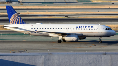 N497UA - Airbus A320-232 - United Airlines