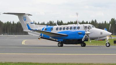 A picture of SELXY - Beech B300 Super King Air 350 - [FL1037] - © Jevgeni Ivanov