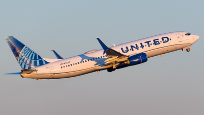A picture of N13227 - Boeing 737824 - United Airlines - © Positive Rate Photography