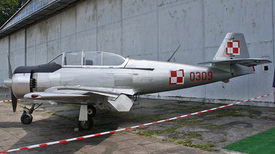 0309 - PZL-Mielec TS-8 Bies - Poland - Air Force