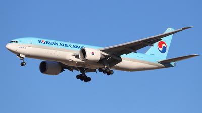 HL8251 - Boeing 777-FB5 - Korean Air Cargo