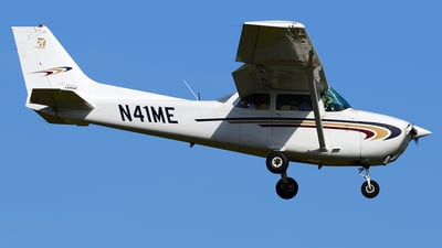 N41ME - Cessna 172N Skyhawk - Private