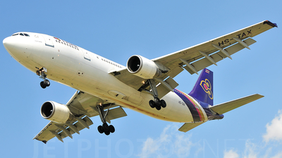 HS-TAX - Airbus A300B4-622R - Thai Airways International