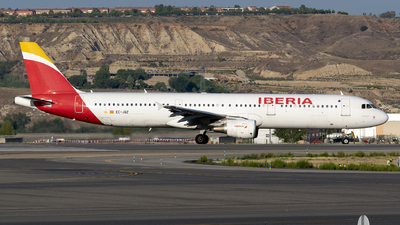 A picture of ECJQZ - Airbus A321212 - Iberia - © Leandro Hdez