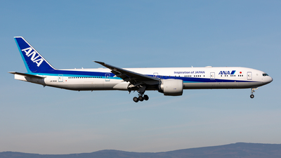 A picture of JA784A - Boeing 777381(ER) - All Nippon Airways - © Sebastian Sowa