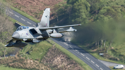 ZA453 - Panavia Tornado GR.4 - United Kingdom - Royal Air Force (RAF)