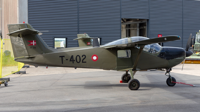 T-402 - Saab T-17 Supporter - Denmark - Air Force