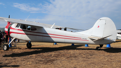 VH-ONV - Cessna 195A - Private