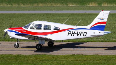 PH-VFD - Piper PA-28-161 Warrior II - Vliegclub Flevo