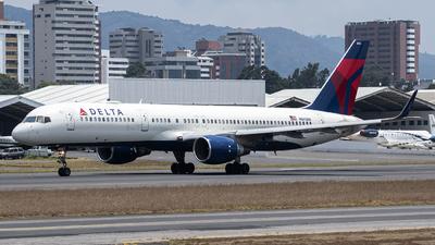 A picture of N665DN - Boeing 757232 - Delta Air Lines - © Juan Manuel Galvez