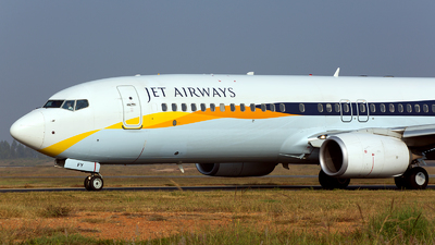 VT-JFY - Boeing 737-85R - Jet Airways