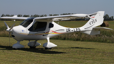 UR-LES - Flight Design CTLS - Private