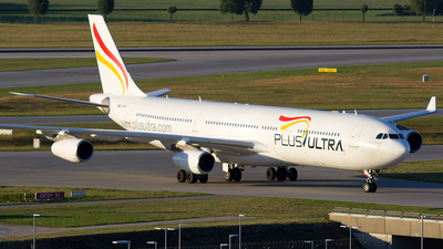 EC-MFB - Airbus A340-313 - Plus Ultra Líneas Aéreas