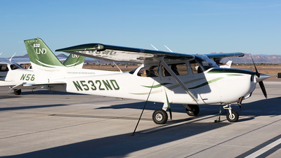 N532ND - Cessna 172S Skyhawk SP - University Of North Dakota
