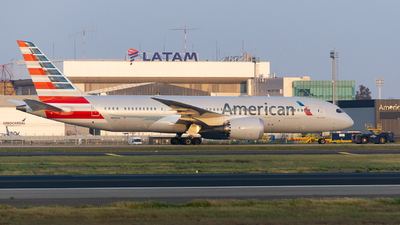 N809AA - Boeing 787-8 Dreamliner - American Airlines