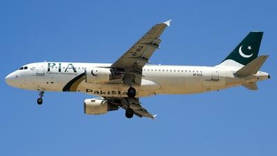 AP-BLS - Airbus A320-214 - Pakistan International Airlines (PIA)