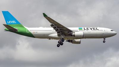 EC-MOY - Airbus A330-202 - Level (Iberia)