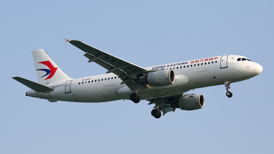 B-2221 - Airbus A320-214 - China Eastern Airlines