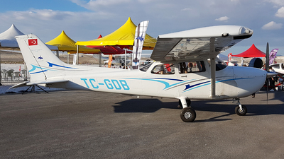 TC-GDB - Cessna 172S Skyhawk - Private