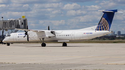 N203WQ - Bombardier Dash 8-Q402 - United Express (Republic Airlines)