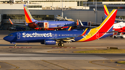 N8502Z - Boeing 737-8H4 - Southwest Airlines